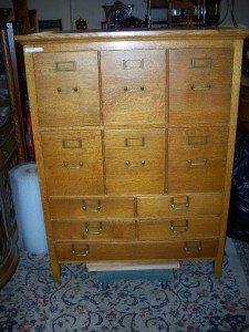 Very Nice 11 drawer Oak File Cabinet in as found condition. #201573f